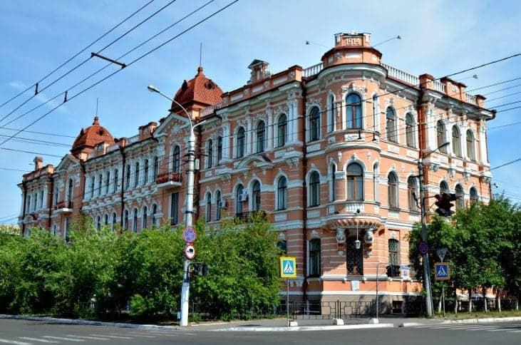 Dworzec Szumowych fot. wikimedia.org