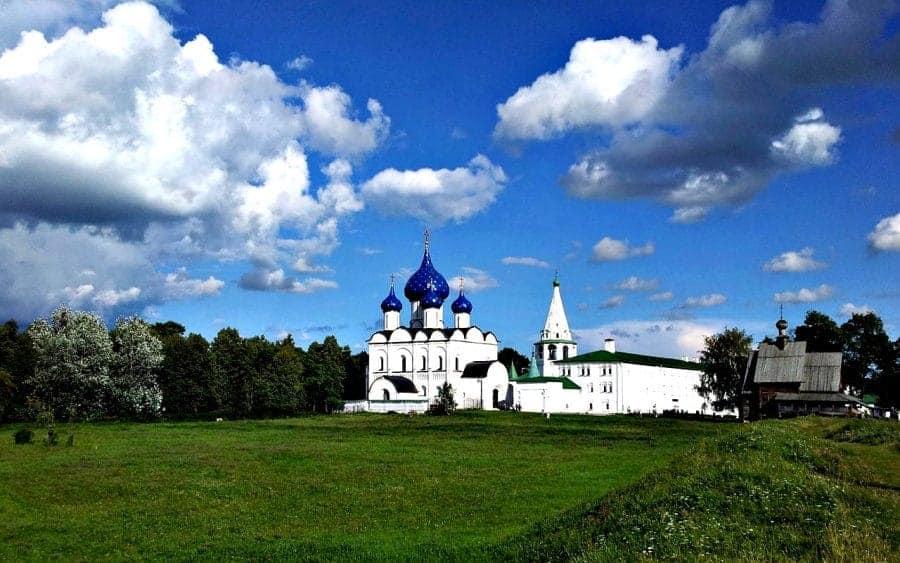 Suzdal słynie ze swoich prawosławnych świątyń, do których od wieków pielgrzymują Rosjanie fot. pixabay