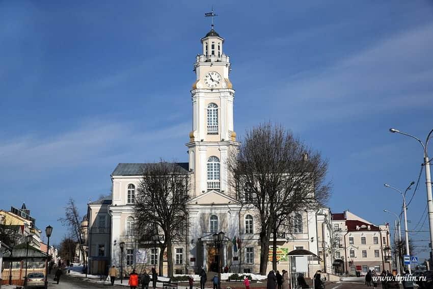 Ratusz w Witebsku fot. wikimedia.org