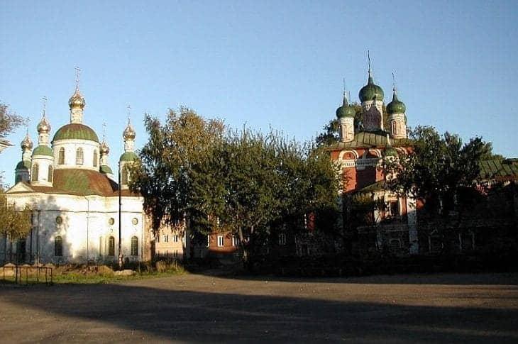 Cerkwie w Ugliczu fot. wikimedia.org