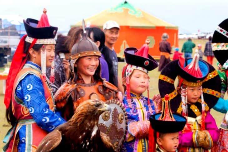 Naadam to pełne kolorów jedno z najważniejszych świąt państwowych Mongolii.