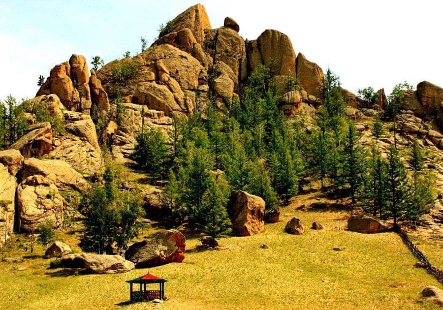 Krajobraz w Parku Narodowym Gorchi-Tereldż fot. wikimedia.org