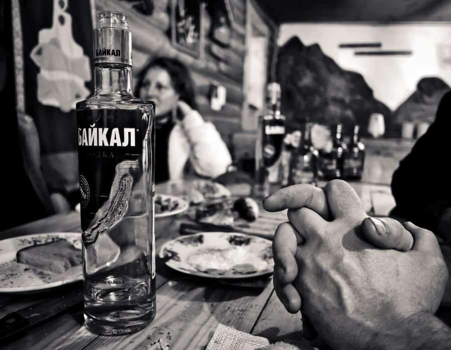 """Podczas toastu, podobnie jak w Polsce, mówi się """"Na zdorovie!"""" fot. pixabay"""