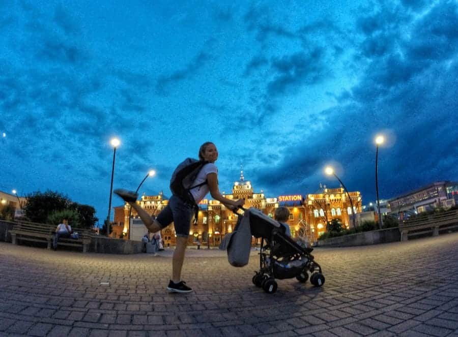 Przed dworcem w Kazaniu