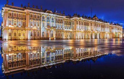 Ermitaż – świątynia sztuki w Sankt Petersburgu fot. shutterstock