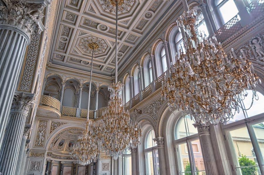 Ermitaż to nie tylko wspaniałe zbiory, ale także piękne przestrzenie fot. pexels
